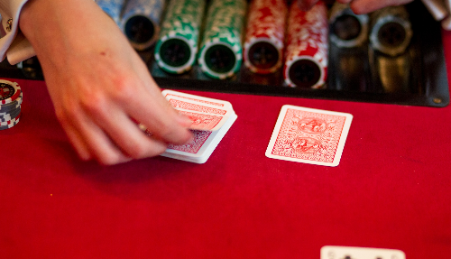 Pokertafel hand